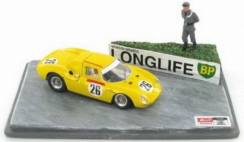 Ferrari 250 Le Mans  1965 Dumay - Gosselin diorama + figure   1/43