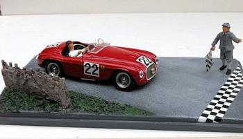 Ferrari 166 spyder Le Mans 1949 # 22 diorama + figures  1/43
