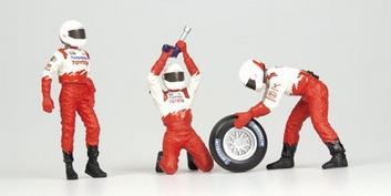 Pit crew figuren Toyota Panasonic Front Tyre change set 2002  1/18