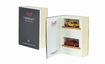 Ferrari  Boek  Dino GT en GTS Geel en Rood  1/43