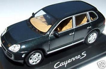 Porsche Cayenne S Dark Green  Donker groen  1/43