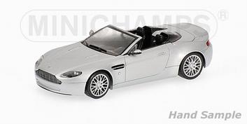 Aston Martin V8 Vantage Roadster Cabrio Solver Zilver  1/43