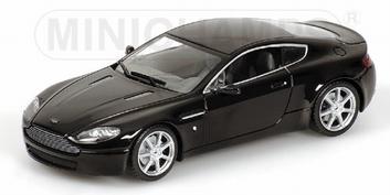 Aston Martin V8 Vantage Black Zwart   1/43