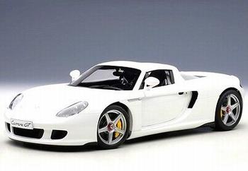Porsche Carrera GT wit white   1/18
