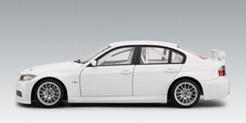 BMW  320 Si WTCC 2006 plain body version white wit  1/18