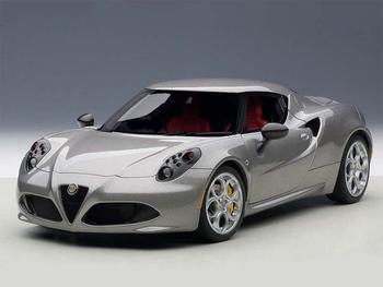 Alfa Romeo  4 C  Grijs metallic Grey  1/18