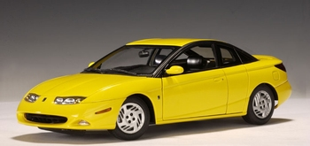 Saturn 3 doors coupe Geel Yellow  1/18