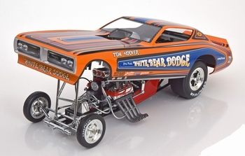 Dodge Charger 1971 Funny car White Bear Dodge   1/18