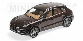 Porsche Macan Turbo 2013 Bruin metallic Brown  1/18