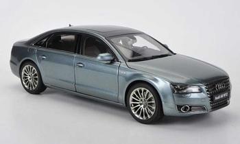 Audi A8   W12 Zilver grijs  Silver gery  1/18