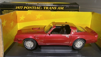 Pontiac 1977 Tans AM Donker Rood    Dark Red  1/18