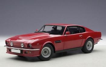 Aston Martin V8 Vintage 1985  Rood suffolk Red  1/18