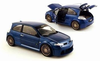 Renault Megane Vampire Blauw Blue   1/18
