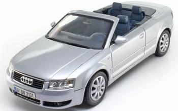 Audi A4 Cabriolet 2003 Zilver Silver   1/18