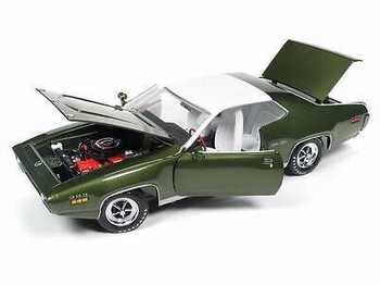 Plymouth satellite sebring plus 1971 Groen  Green  1/18