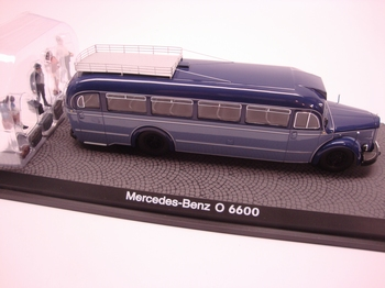 Mercedes Benz 0 6600 met figuren art 02743  1/43