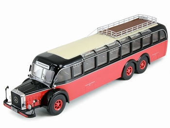 Mercedes Benz O 10000 art 12304 limited 500 pieces  1/43