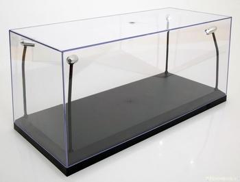 Vitrine box met 4 Led lichten  en zwarte bodem  1/18