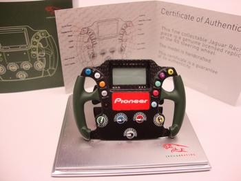 Formule 1 stuur steering wheel replica F1 Jaguar racing