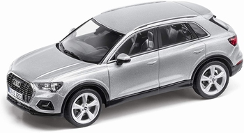 Audi Q 3 zilver Floret  silver   1/43