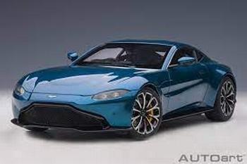 Aston Martin Vantage 2019   Blauw ming blue  1/18