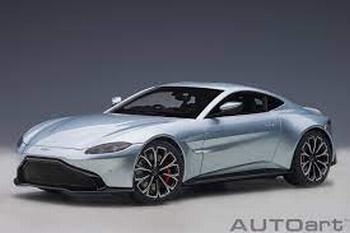 Aston Martin Vantage 2019 Zilver Skyfall silver  1/18