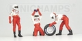 Pit crew figuren Toyota Panasonic Front Tyre change set 2002 1/43