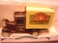 Leicester  2WZ Box Van  Baileys 1/43