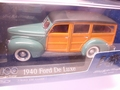 Ford De Luxe  1940 Woody 1/43