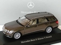 Mercedes Benz E - Klasse  T model Blue Blauw 1/43