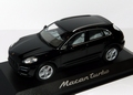 Porsche Macan Turbo Black Zwart 1/43