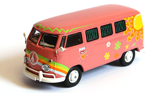 VW Volkswagen T1 Bus Hippie  Flower power 1/43