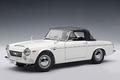 Datsun Nissan Fairlady 2000 Wit White cabrio + softtop 1/18