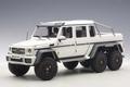 Mercedes Benz G63 AMG 6X6 wit matt white 1/18