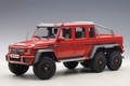 Mercedes Benz G63 AMG 6X6 rood red  1/18