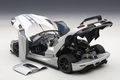 Koenigsegg Agera zilver grijs -  silver gery 1/18