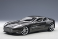 Aston Martin ONE - 77  grijs spirit grey 1/18