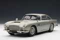Aston Martin DB5 Zilver  Silver 1/18