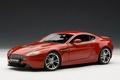 Aston Martin V12 Vantage Rood  Red 1/18