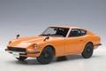 Nissan Fairlady  Z432  Oranje Orange  1/18