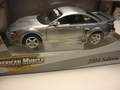 Ford Mustang Saleen 2004  S281 Zilver Silver 1/18