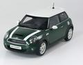 Mini Cooper S  Groen  Green  witte striping White 1/18