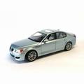 BMW M5  Zilver blauw  Silver Blue  1/18