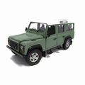 Land Rover Defender110 Station wagon Licht Groen light green 1/18
