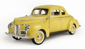 Ford Deluxe 1940  Geel  Yellow 1/18