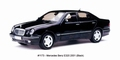 Mercedes Benz E 320 Zwart  Black 2001  1/18