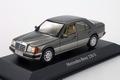 Mercedes Benz 230 E Grijs antraciet Grey 1/43