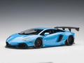 Lamborghini Aventador blauw metallic sky blue 1/18
