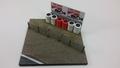 Diorama F1 Formule 1 Crash Marlboro + banden muur rood wit 1/43