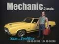 Mecanic Sam with tool box 1/18